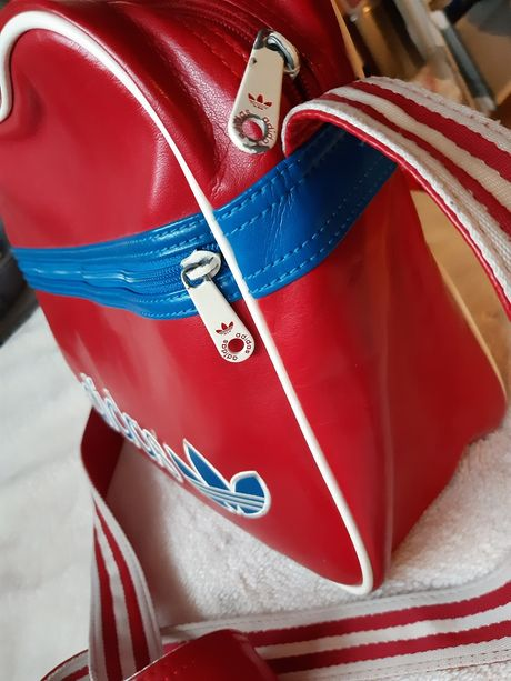 Adidas torba na ramię super stan Torba sportowa Adidas czerwona