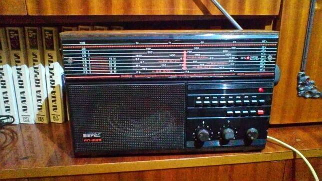 Продаю радиоприемник Верас 225