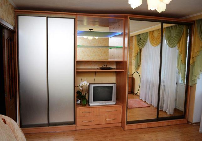 меблі на замовлення, шафи купе, офісні меблі, дитячі меблі