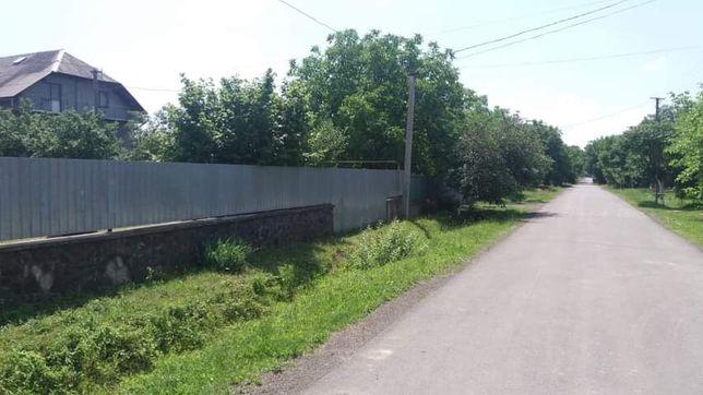Ділянка в с.Кінчеш, рівна, вулиця забудована