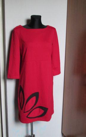 Czerwona sukienka czarne dodatki r. 42