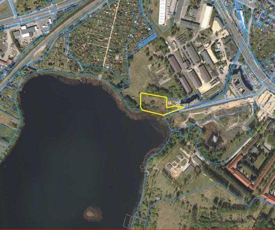 DZIAŁKI z linią brzegową nad jeziorem w Olsztynie