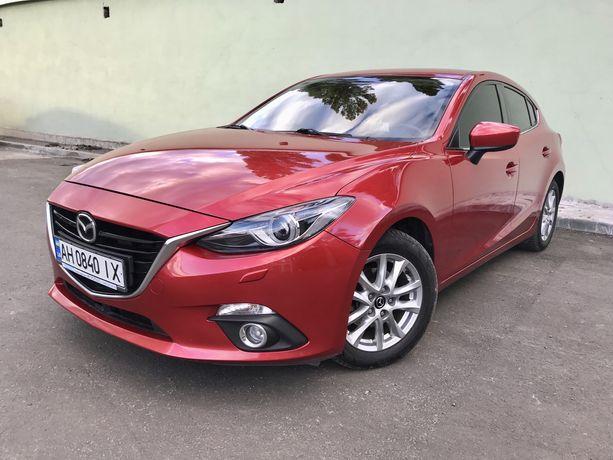 Mazda 3 official ne Krashena