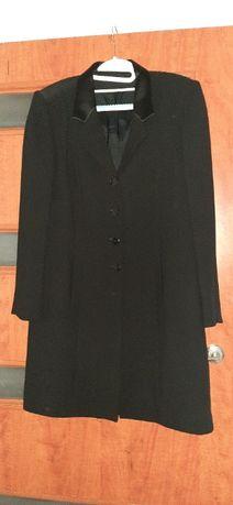 Płaszczyk czarny elegancki