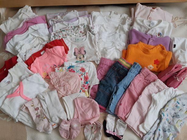 Duża paka ubranek dla dziewczynki w rozmiarze 56-62 wiek 1-3 miesiące