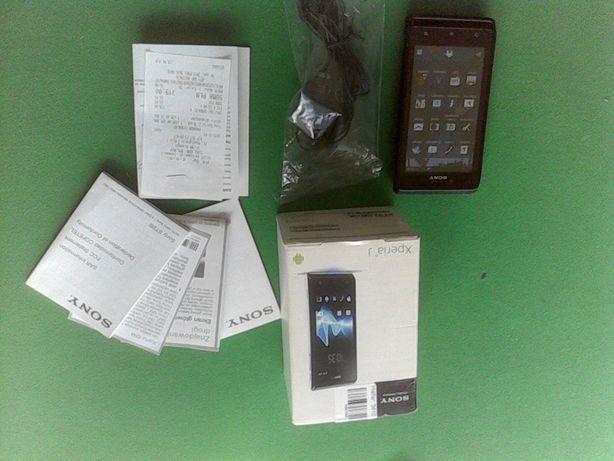 Telefon Sony Xperia J. Duży zestaw.