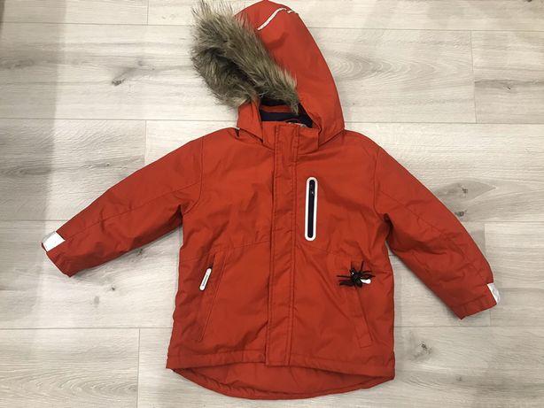 Продам детскую курточку H&M