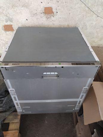 Zmywarka beco DIN6830 FX30