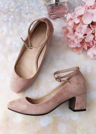 Женские туфли на устойчивом удобном каблуке в цвете пудра из эко замши