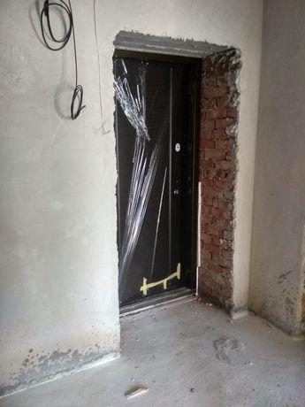 Продам готову для ремонту 2кім квартиру 60 м2 в центрі