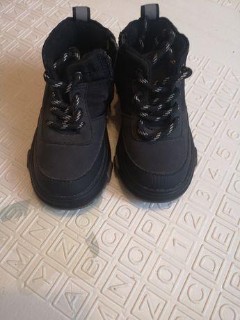 Buty Zara nowe 21