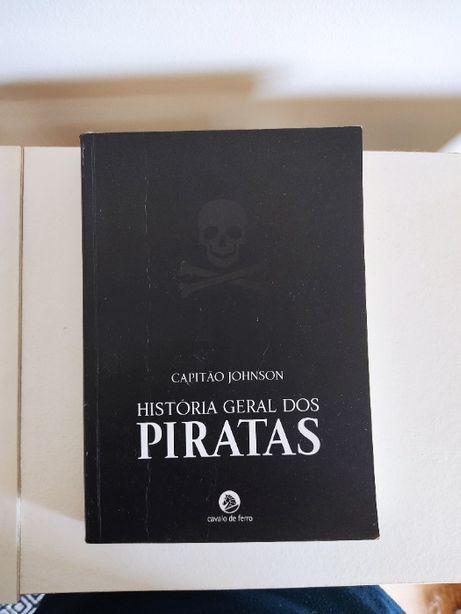 História Geral dos Piratas (portes incluídos)