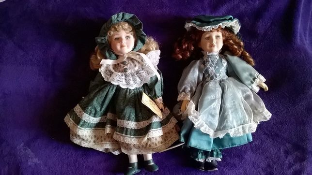 dwie stare lalki sygnowane sliczne
