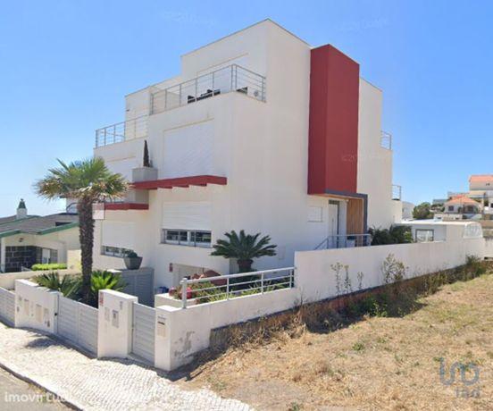 Moradia - 350 m² - T3
