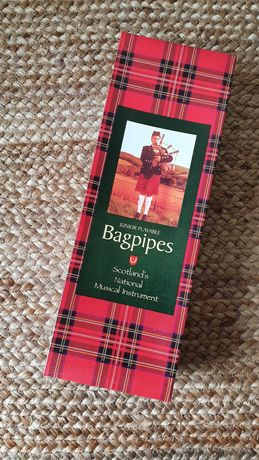Шотландская волынка, детская (Junior Playable Bagpipes)