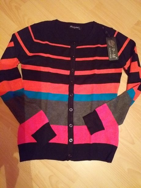 Kolorowy sweterek nowy.