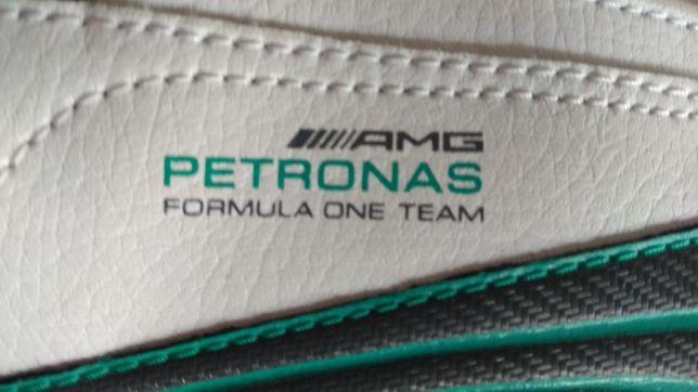 Sapatilhas Brancas PUMA AMG Mercedes 44