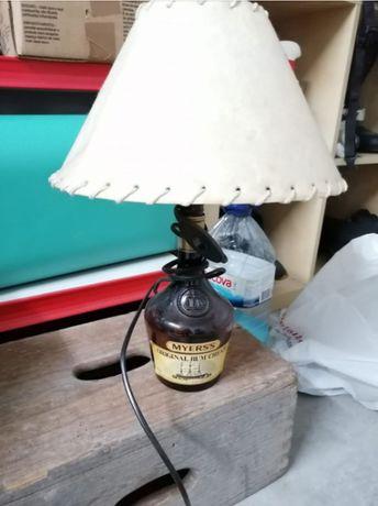 Candeeiro de garrafa artesanal