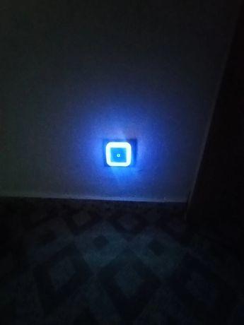 Luz de presença para tomada