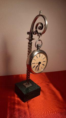 Przedwojenny ekspozytor / stojak na zegarek + zegarek kieszonkowy CYMA