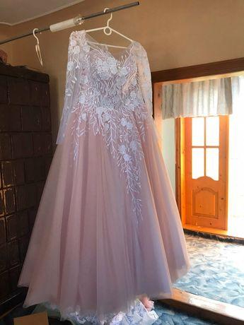 Свадебное платье р.48-52