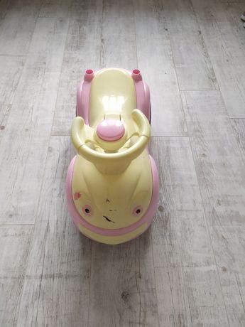 Машинка детская с багажником