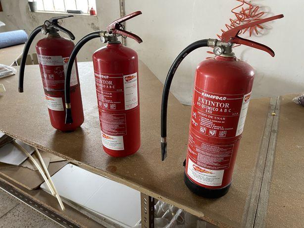 3 Extintores