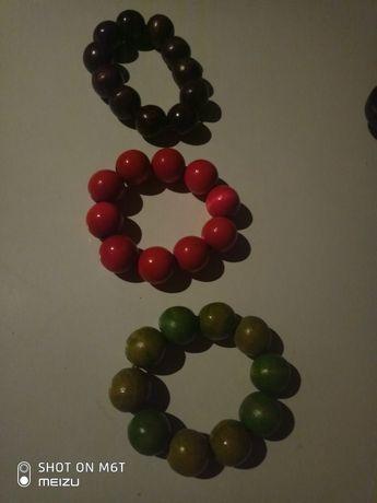 bransoletki,kolor zielony braz,czerwony