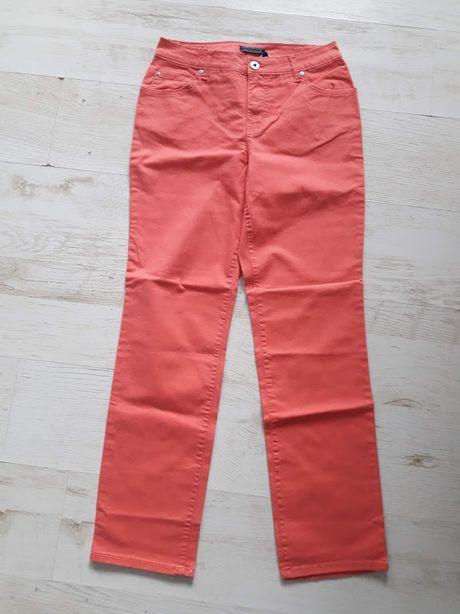 Нові джинси Bandolino зі США. На стегна приблизно 100-105 см