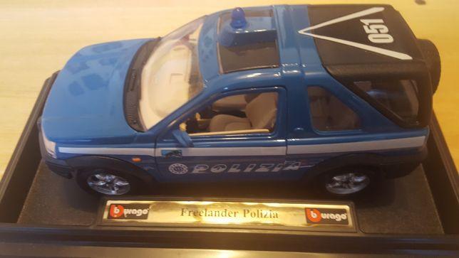 Модели авто в упаковке масштаб 1:24 - ALFA ROMEO,PORSHE,FREELANDER