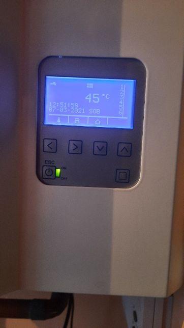 Piec CO elektryczny Elterm 9kW z pompą obiegową.