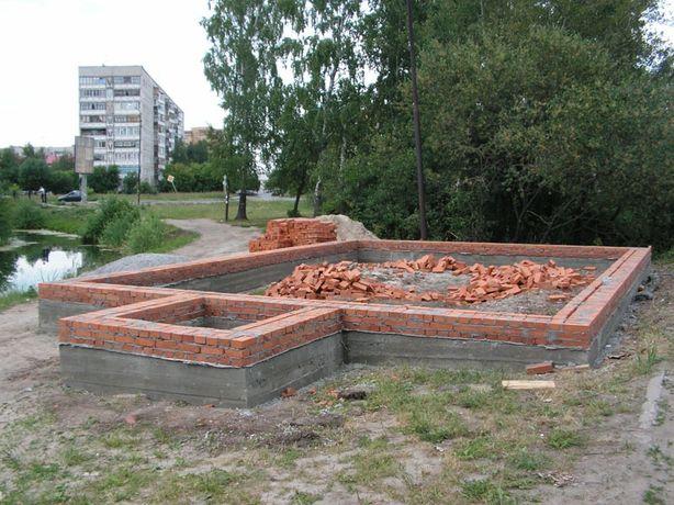 Кирпич красный обожжённый в Харькове