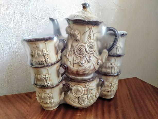 Набор чайный (чайник,чашки,сахарница)