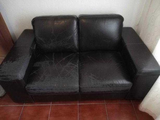 2 sofás por 60€ (os dois)