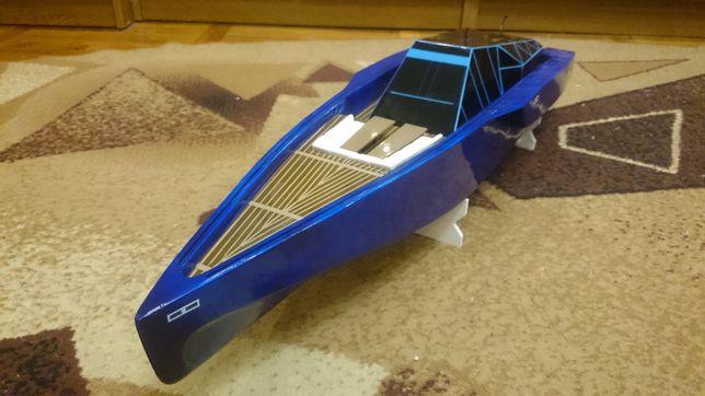 Модель корабля (катер з радіокеруванням) Renovatio WallyPower118