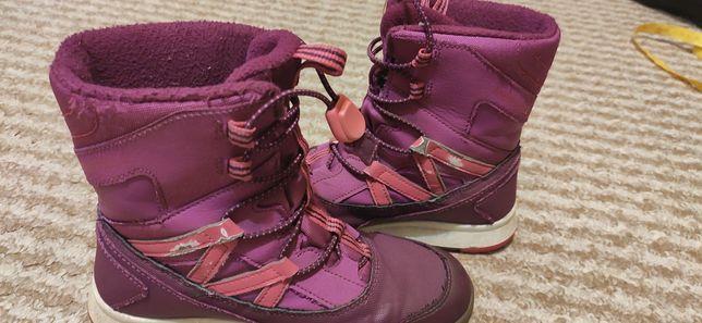 Зимние сапоги для девочки, размер  32