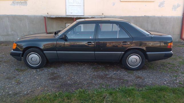 Mercedes w124 E klasa sedan kombi szyby