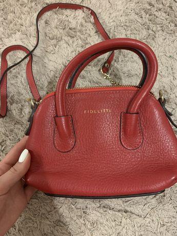 Кожаная женская сумка Fidelitti