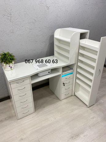 Маникюрный визажный стол