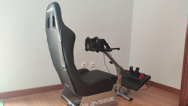 Cadeira de gaming Playseat evolution preta + volante Venom Pace Wheel