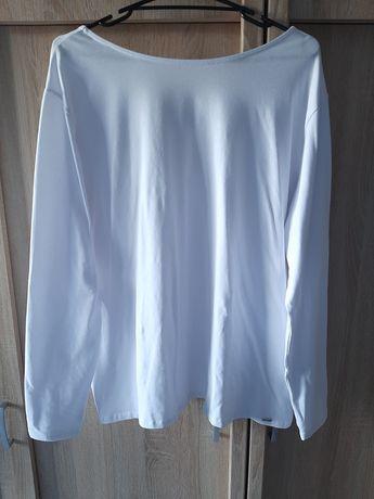 Biała nowa bluzeczka z wiązaniem na plecach