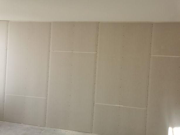 Montaż sufitów Armstrong owa gips karton zwykły akustyczny ścianki gk