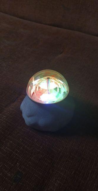 Lampka LED obracająca się