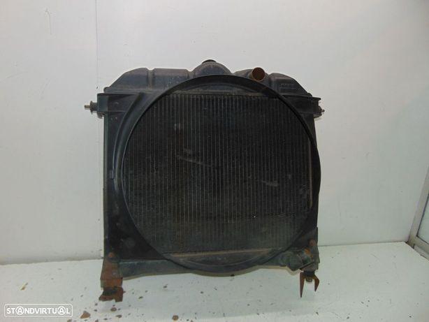 Mercedes 309 (autocarro ou furgão ou outros) modelos radiador