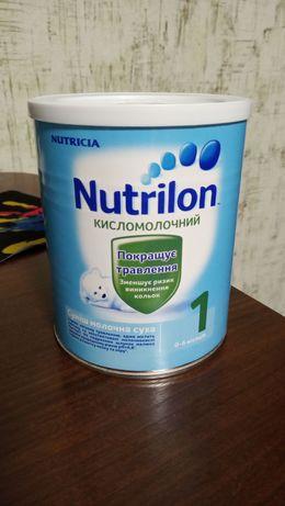 Детская смесь Нутрилон кисломолочный 1