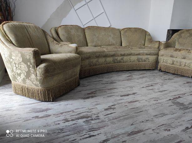Sofa , 3 fotele . Zabytkowe
