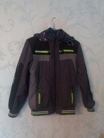 Куртка двусторонняя демисезонная для мальчика 10-12 лет