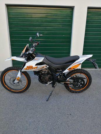 Mota 125cc, como nova