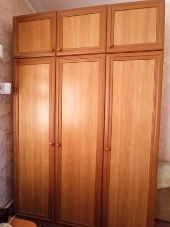 Шкаф ольха 3-дверный