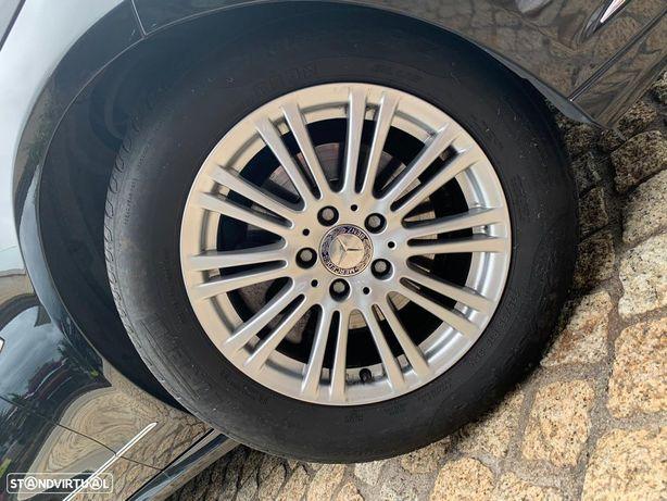 Mercedes-Benz E 220 CDI Elegance BlueEfficiency